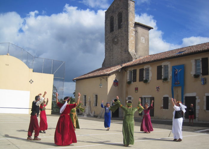 Guided tours of the abbey of Lahonce